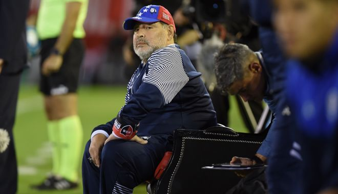 Foto: El Pibe D'Oro, rege în Argentina. Diego Armando Maradona s-a întors acasă