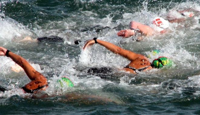 Maraton de înot în Marea Neagră, în week-end,  la Constanța - maratonul-1501169035.jpg