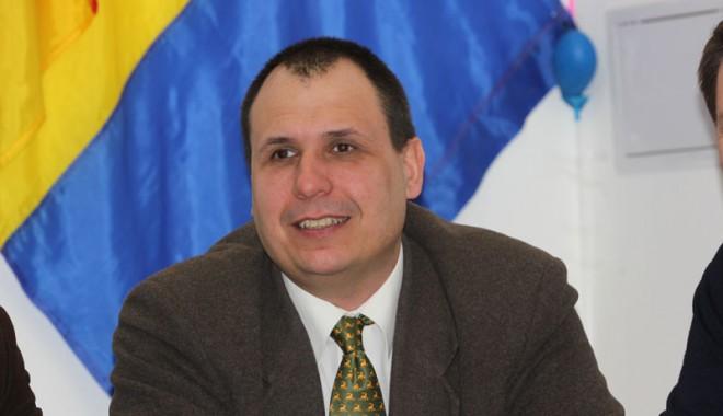 Foto: Senatorul Marian Vasiliev susține rezolvarea problemelor celor suferinzi de autism
