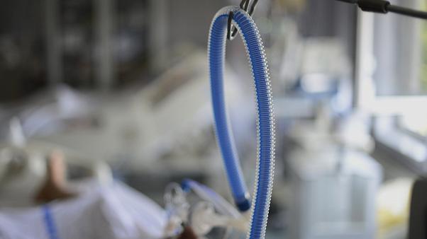 America Latină și zona Caraibilor au cei mai mulți bolnavi cu coronavirus - masca2-1595843639.jpg