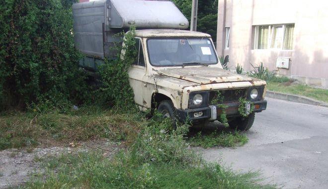 Mașinile abandonate, în atenția Primăriei Constanța - masiniabandonatedscf3547-1555691091.jpg