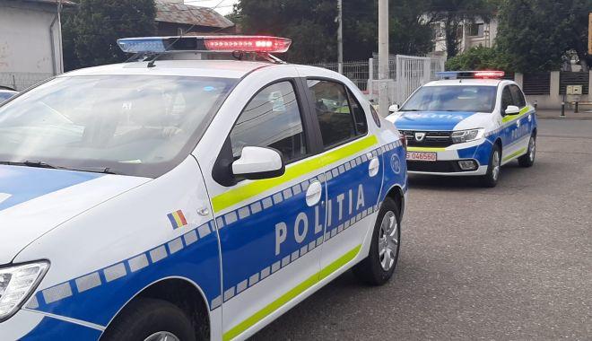 Șofer fugar, prins de polițiști după ce a lovit un pieton în noaptea de Revelion - masininoipolitiaromana20202-1609526463.jpg