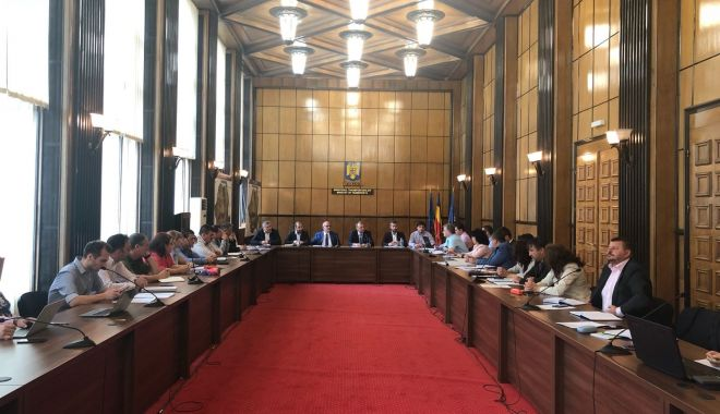 Foto: Măsuri pentru urgentarea construcției autostrăzii Sibiu-Pitești