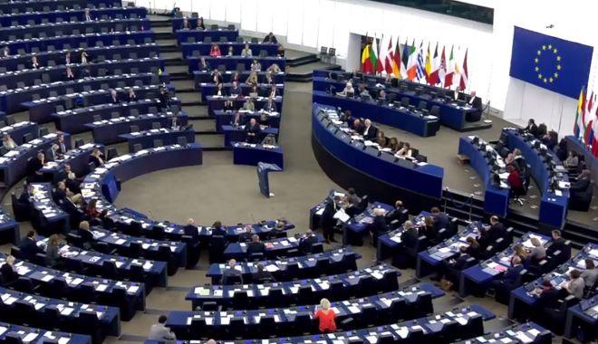 Foto: Măsuri de urgență în sprijinul fermierilor și pescarilor Uniunii Europene