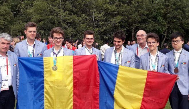 Foto: Performanță de excepție! Aur constănțean la Olimpiada Internațională de Matematică