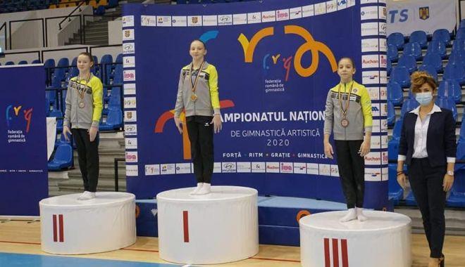 Medalii în toate finalele! Naţionalele de gimnastică, dominate de CS Farul Constanţa - medalii-1606061857.jpg