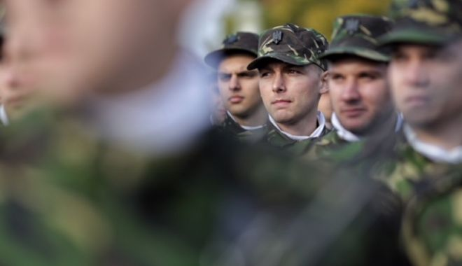 """Foto: """"Săptămâna cadeților"""", în școlile militare de maiștri militari și subofițeri"""