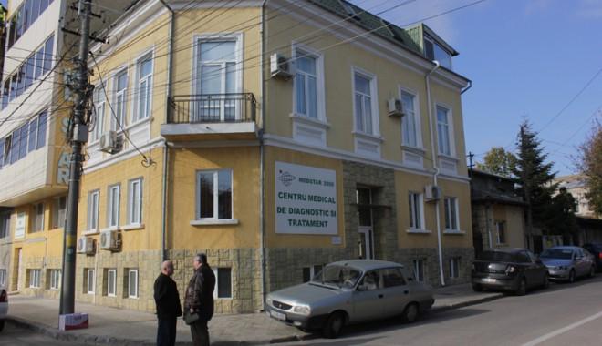 Foto: Testul Babeș Papanicolau, gratuit la MEDSTAR 2000