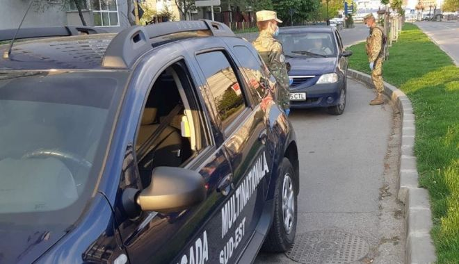 Militarii, în misiune pe străzi. Peste 430 de acțiuni în doar 24 de ore - militariiinmisiune-1587890110.jpg
