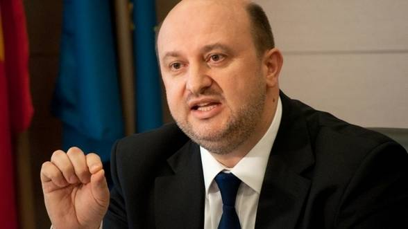 Foto: Ministrul Economiei se întâlnește luni cu reprezentanții salariaților Oltchim
