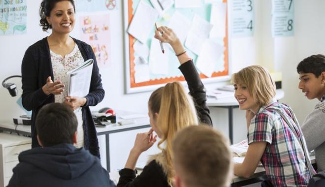 Foto: Ministrul Educației,  Liviu Pop, veste bună pentru profesori