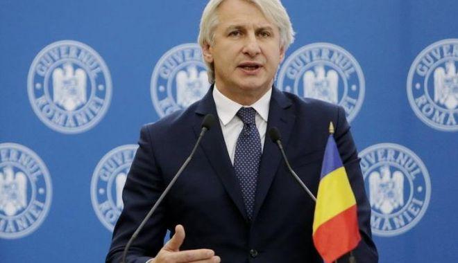 Ministrul Eugen Teodorovici, veste bună pentru românii din străinătate care trimit bani acasă - ministruleugenteodorovici-1566151675.jpg