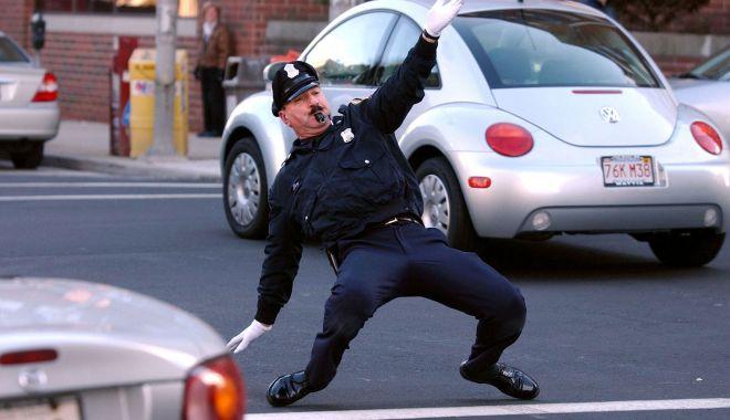 Foto: Misiune imposibilă, la poliție