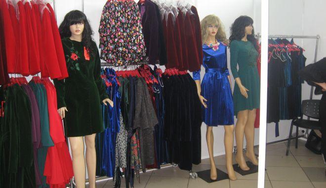 Moda de toamnă - iarnă vine la Mamaia, la TINIMTEX - modatetoamna1-1567969213.jpg