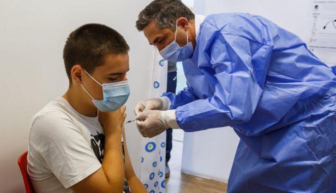 Începe imunizarea cu vaccinul Moderna a tinerilor de 12 - 17 ani - modernacopii-1627800908.jpg