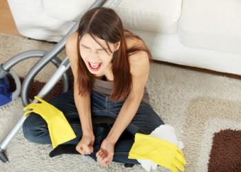 Foto: Cum alungi moliile din casă