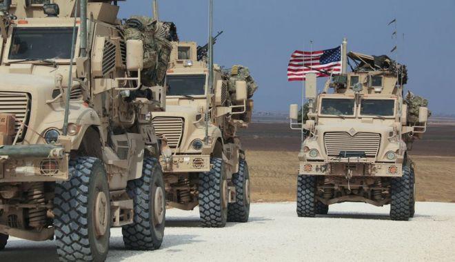 Foto: Moscova îi cere Washingtonului ca toți militarii americani să părăsească Siria