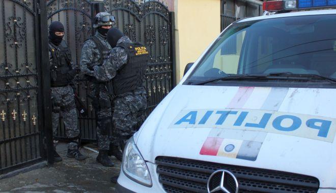 Polițiștii din Constanța au contribuit la recuperarea unor motoare de barcă de jumătate de milion de euro - motoarefurate-1594833073.jpg
