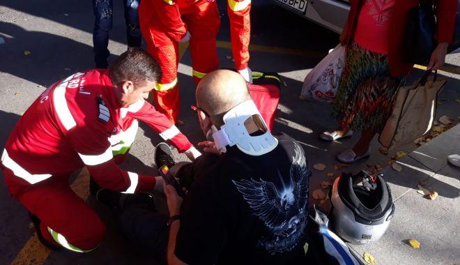 Accident între o motocicletă și un autobuz, în zona Fantasio - motocicletaautobuz-1569962921.jpg