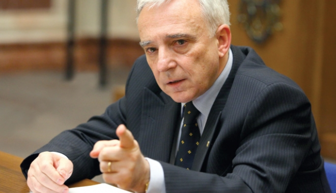 Mugur Isărescu: Bugetul este ambițios pe partea de venituri, iar cheltuielile optimiste - mugurisarescu-1486486151.jpg