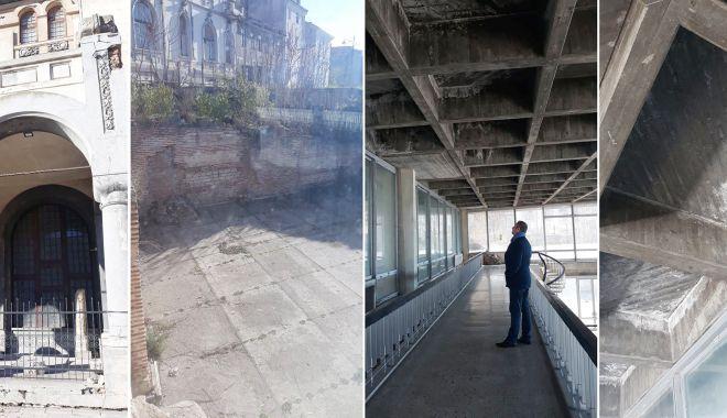 """Foto: Se mai reabilitează Edificiul Roman cu Mozaic? """"Geamurile sunt vechi, de peste 40 de ani"""""""