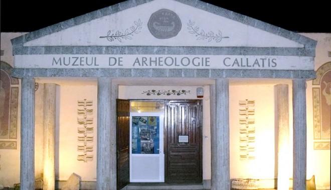 """Foto: """"Împăiați-vă iubiții"""", la Muzeul Callatis"""