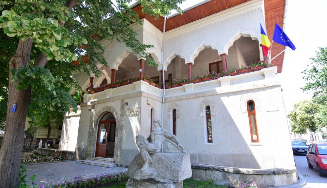 Foto: Ion Jalea, artistul care a sculptat cu o singură mână. Vizitați muzeul de la malul mării!