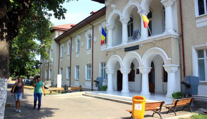 Turiștii, așteptați la Muzeul Național al Marinei Române - muzeuziuamarinei-1533301453.jpg