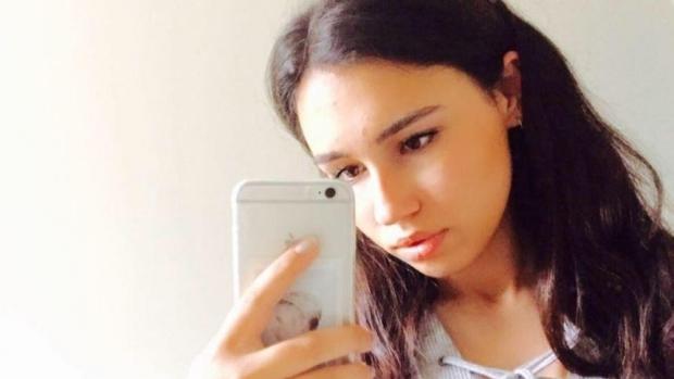 Foto: TRAGEDIE! Fiica unui milionar A MURIT după ce a mâncat un sandviș în aeroport