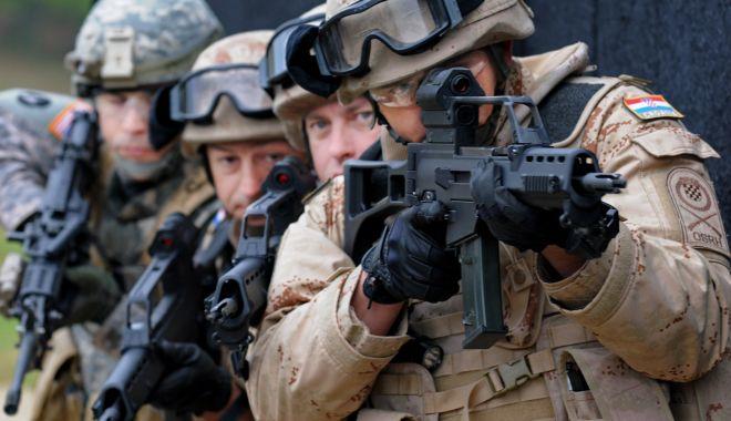 Foto: NATO: Cheltuielile de apărare ale aliaților, la cel mai ridicat nivel din ultimii 5 ani