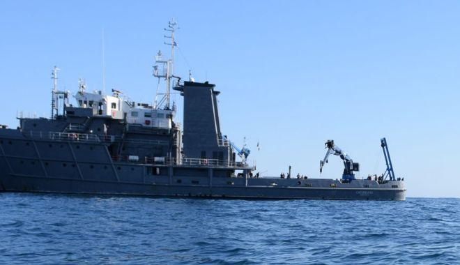 Foto: Navă militară românească, misiune în strâmtoarea Dardanele