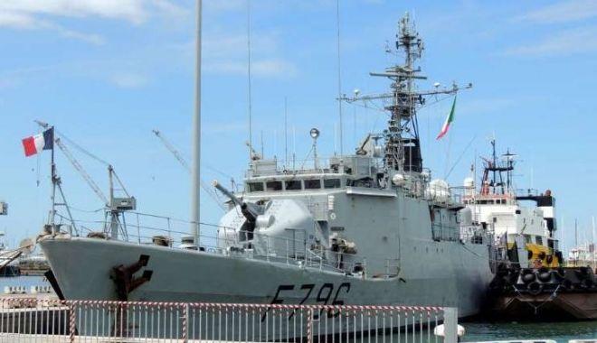 Foto: Navă militară franceză, escală în portul Constanța