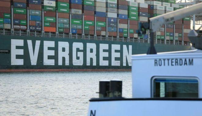 Nava Ever Given a ajuns în portul Rotterdam - navanevergiven-1627648775.jpg