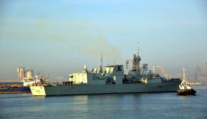 """Foto: Navele participante la exercițiul Sea """"Shield 17"""" au părăsit portul Constanța"""