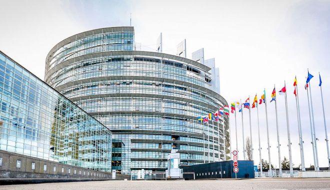 Foto: Negocierea unui nou parteneriat cu Londra, pe agenda sesiunii Parlamentului European