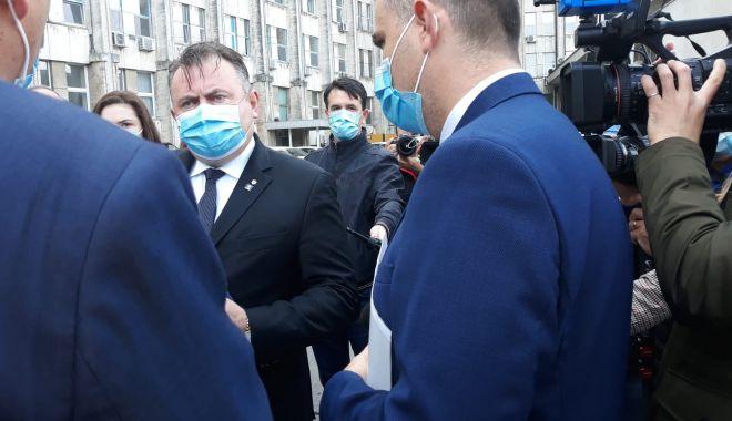 Ministrul Sănătăţii, Nelu Tătaru, în control la spitalele din Constanţa - nelu-1603962107.jpg