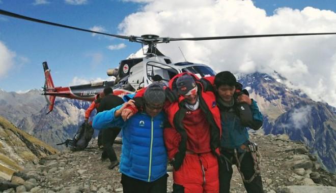 Foto: DRAMĂ: Patru alpiniști francezi au murit în avalanșa din Nepal