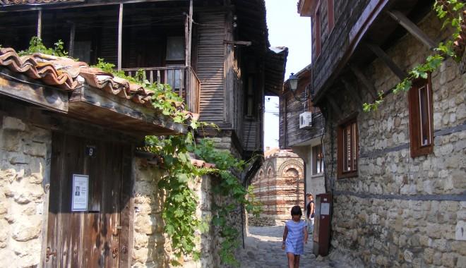 Nessebar - bijuteria arhitectonică de la Marea Neagră | GALERIE FOTO - nessebarsite10-1342197520.jpg