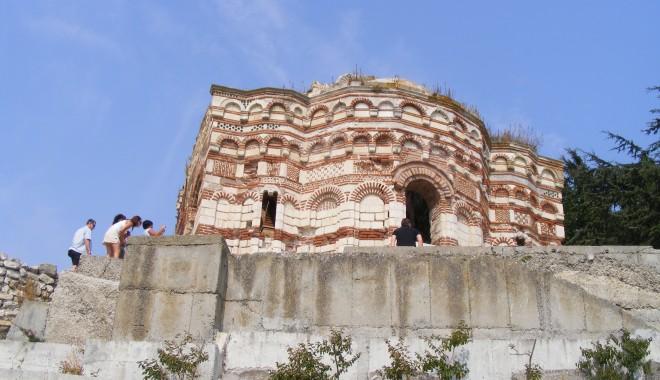 Nessebar - bijuteria arhitectonică de la Marea Neagră | GALERIE FOTO - nessebarsite2-1342197042.jpg