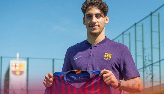 Foto: A semnat cu Barcelona! Clauză de reziliere de 100 de milioane de euro