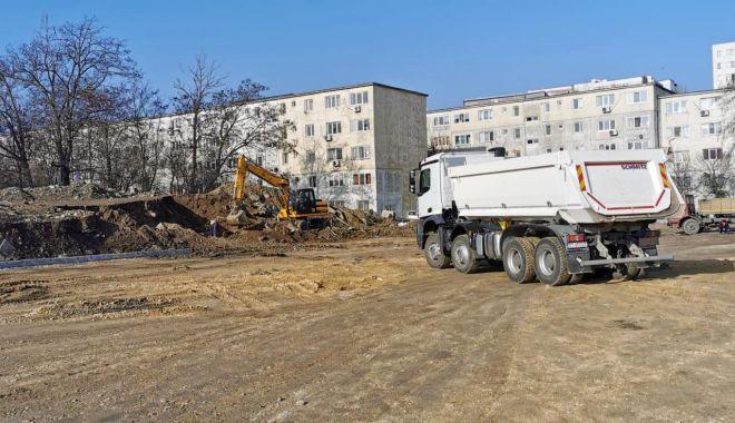 Noi locuri de parcare, amenajate în două cartiere ale Constanţei - noilocurideparcare-1614846485.jpg