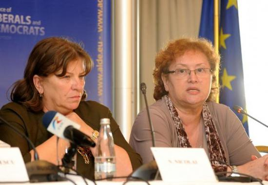 Renate Weber și Norica Nicolai, excluse din PNL - noricanicolaisirenateweberexclus-1432741226.jpg