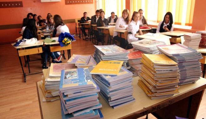 Manuale noi pentru anul școlar viitor - nouanscolareleviliceumanualecart-1367327941.jpg