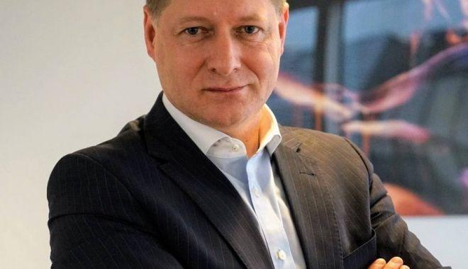 Noul director al Agenției Europene pentru Muncă este un român - nouldirectoralagentieieuropenepe-1603440706.jpg