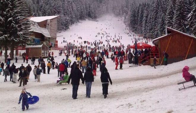 Pierderi economice şi pentru staţiunile de schi - nusestiedacavomschia-1606417921.jpg