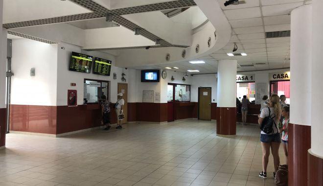 Casieră de la Gara Constanța, angajată la CFR Călători, răpusă de COVID-19 - ocasiera-1598275630.jpg