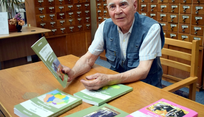 Foto: Frânturi dintr-o viață zbuciumată. La 87 de ani, scrie cărți și se contrazice cu istoricii vremii