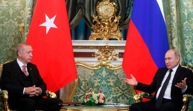 Ofensivă turcă în Siria. Putin l-a invitat pe Erdogan în Rusia - ofensiva-1571230236.jpg