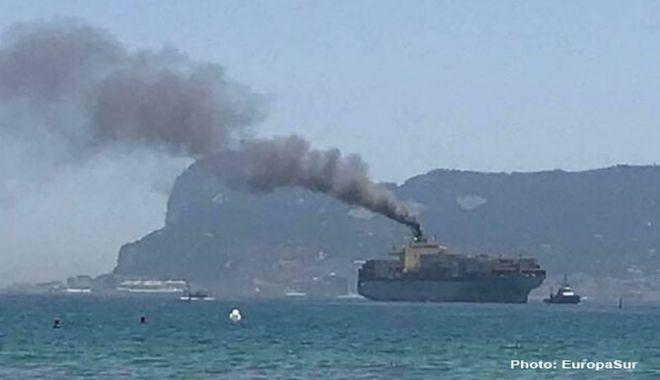 Foto: O navă a fost pusă la plată în urma intervenției unui cetățean vigilent din Algeciras