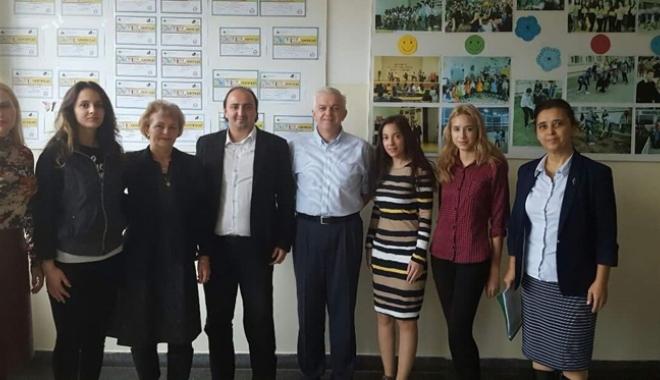 """Foto: Oportunități de inovație și antreprenoriat pentru elevii Liceului """"Callatis"""""""